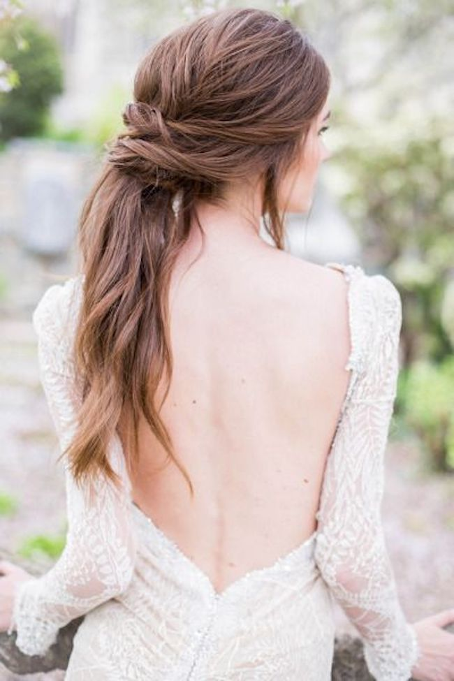 Bridal ponytails for long wedding hair 3