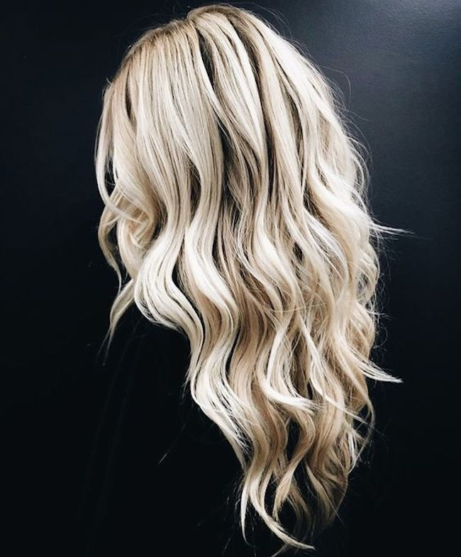 Soft loose curls for long wedding hair 3