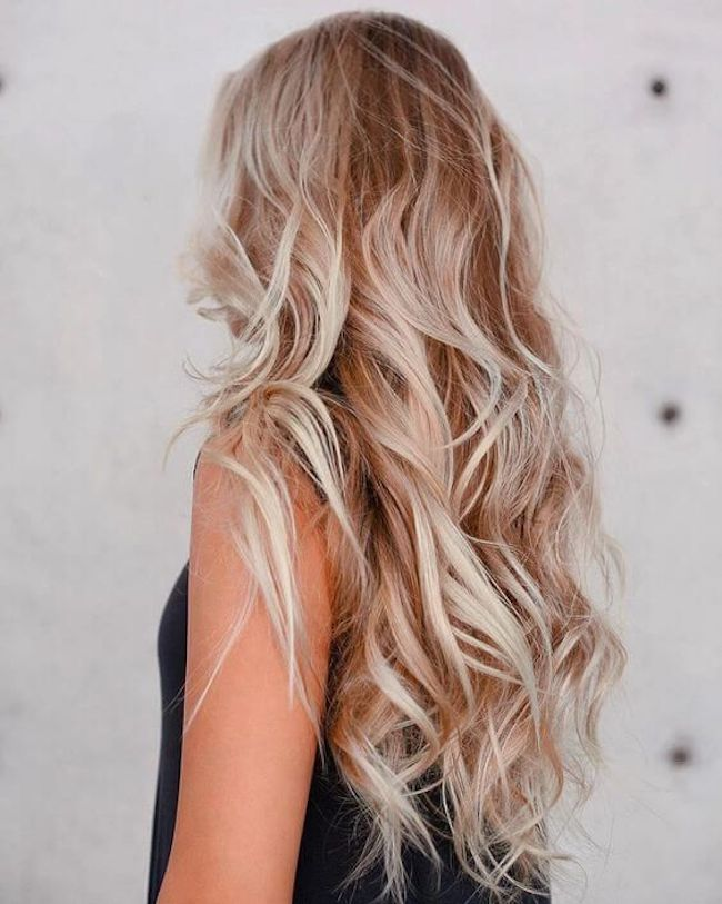 Soft loose curls for long wedding hair 4