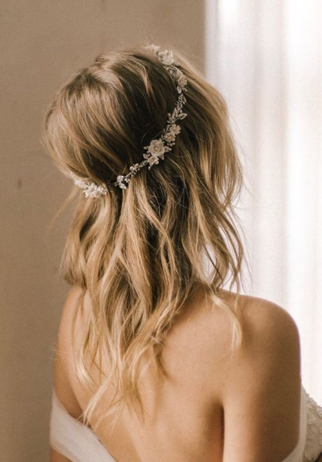 Soft loose curls for long wedding hair - GABRIEL halo