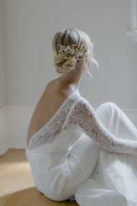 How to accessorise a lace wedding dress 9