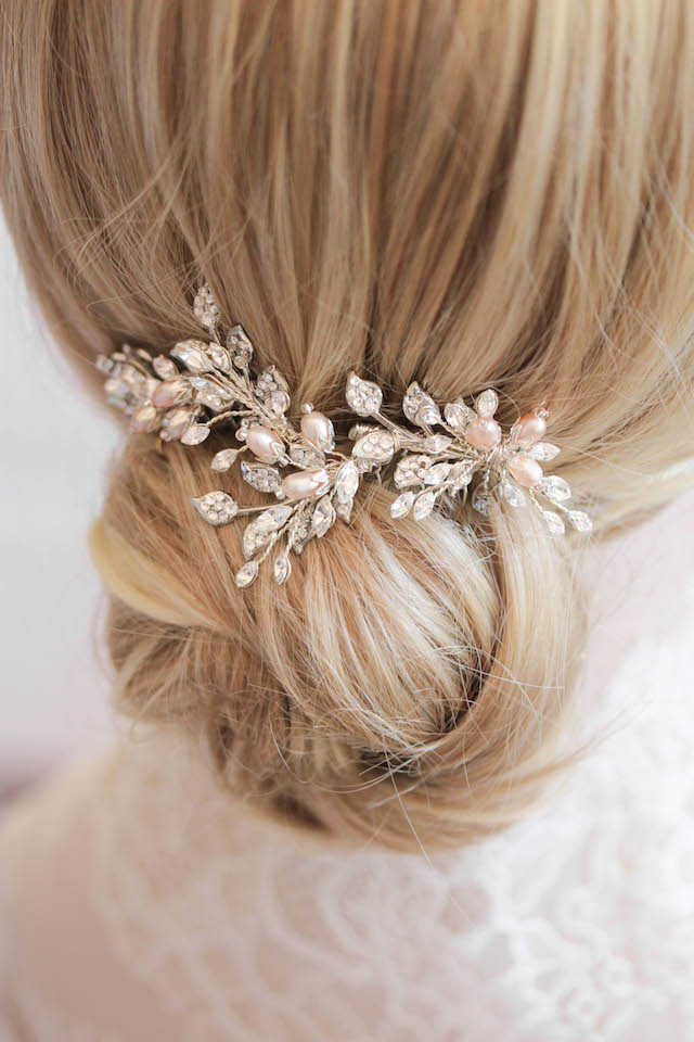 OPHELIA_Silver and blush bridal hair comb 2
