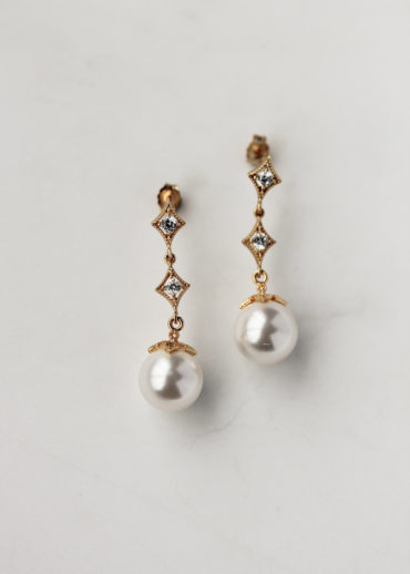 VALENTINE pearl bridal earrings 1