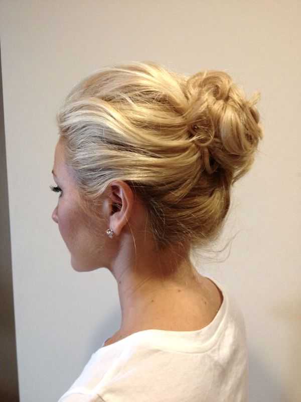 High bridal buns for wedding veils 1