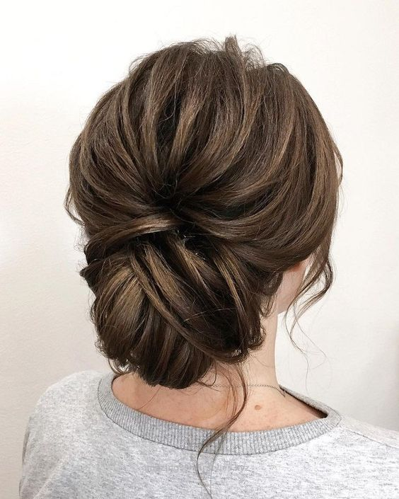 Simple Wedding Hair Ideas: 14 Romantic Wedding Updos You'll Fall In