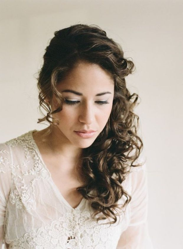 Naturally curl wedding hairstyles