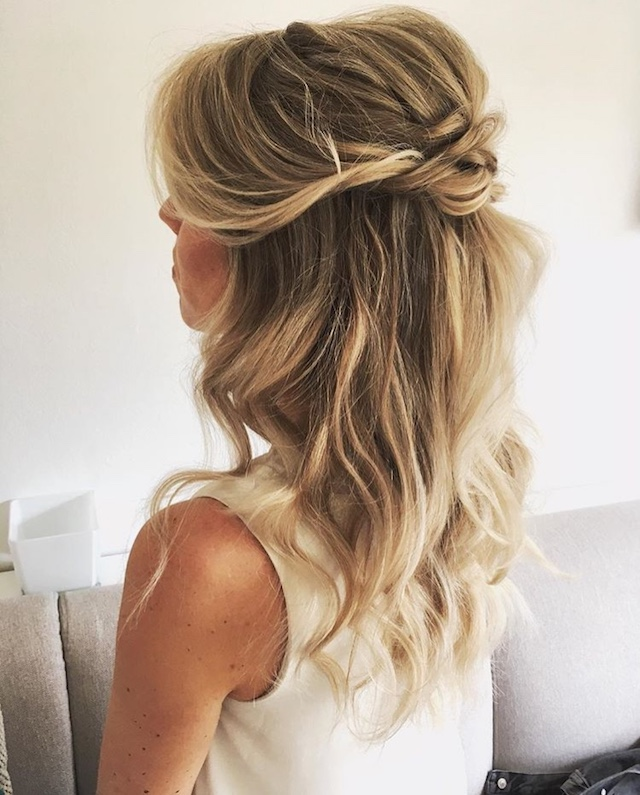 Half updo hairstyle - 2018 wedding hair trends