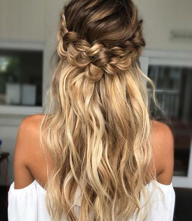 Loose braided half up hairstyle - 2018 wedding hair trends - TANIA ...