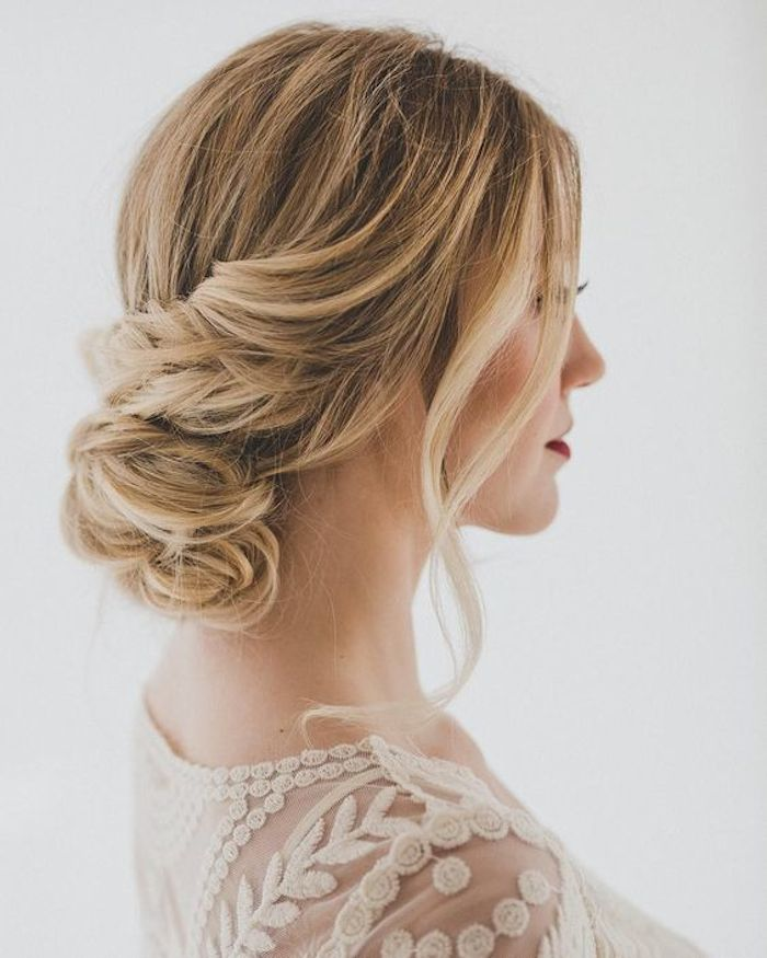 18 Creative And Unique Wedding Hairstyles For Long Hair: 24 Gorgeous Messy Wedding Updos - TANIA MARAS