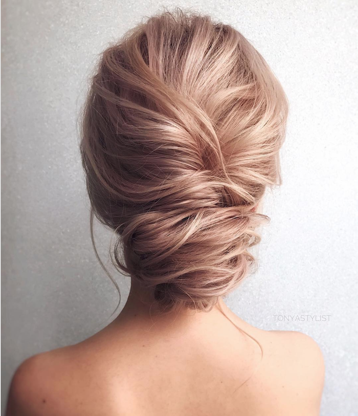 Gorgeous messy wedding updos 22