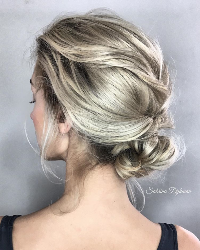 Gorgeous messy wedding updos 4