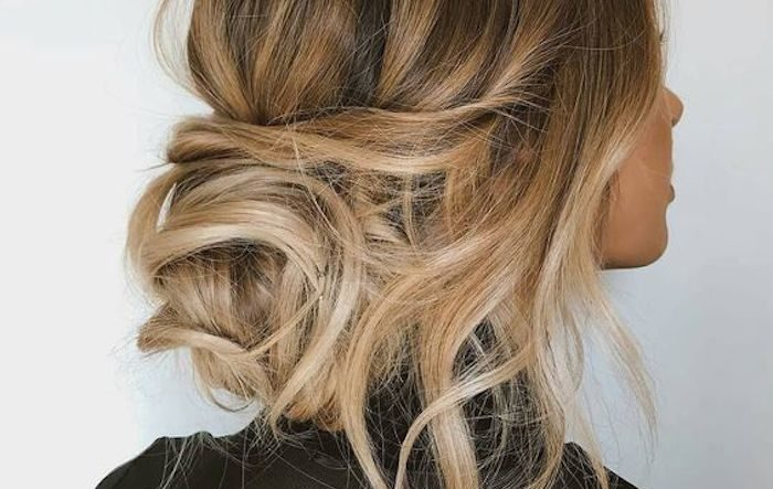 24 gorgeous messy wedding updos