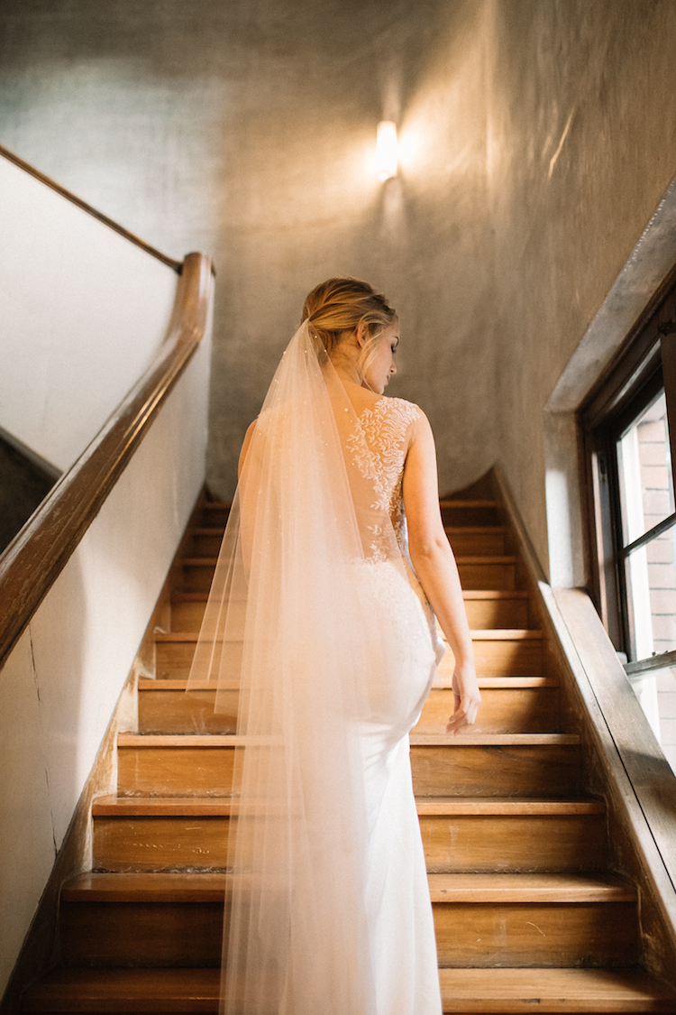 How to choose the best long wedding veil 2