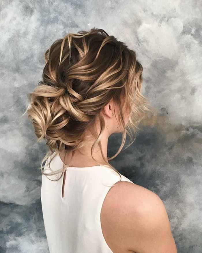 Modern Wedding Hairstyles For The Cool Contemporary Bride: 46 Bridesmaids Hairstyles They Will Love