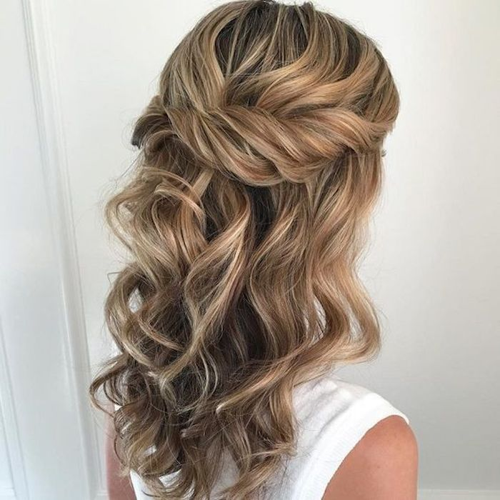 Beautiful bridesmaids hairstyles_half up half down 1
