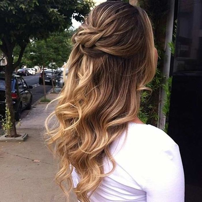 Beautiful bridesmaids hairstyles_half up half down 9