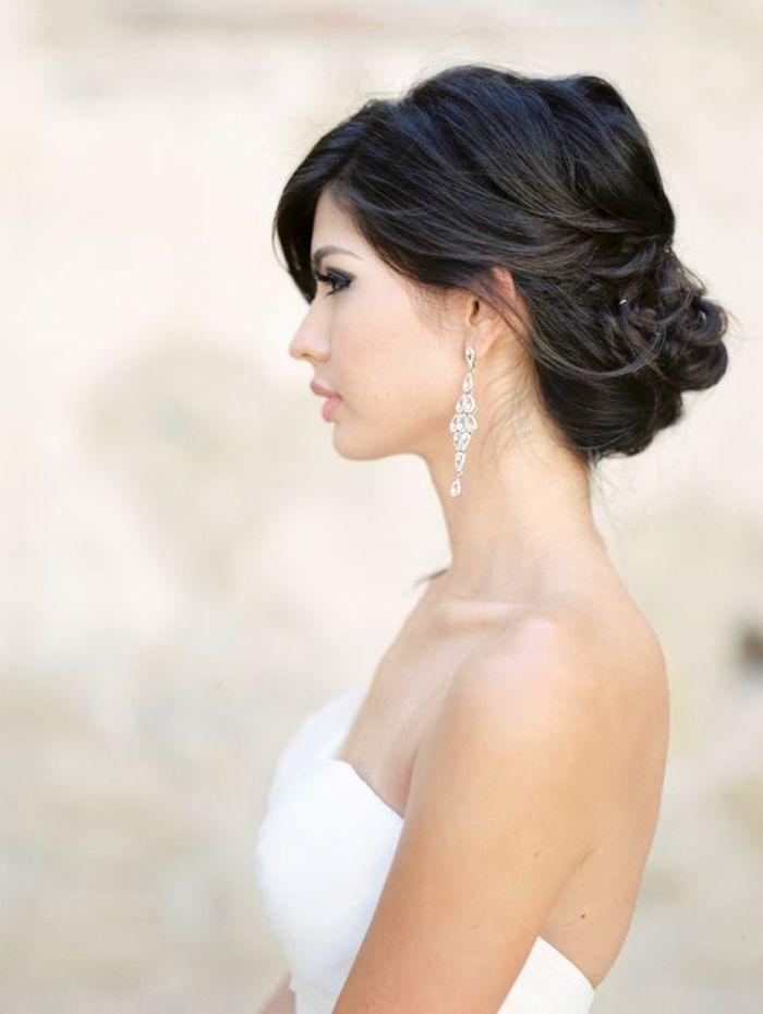 EASY UPDOS_Simple and stunning wedding hairstyles you'll love 15
