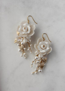 How to choose bridal earrings to suit your neckline 7