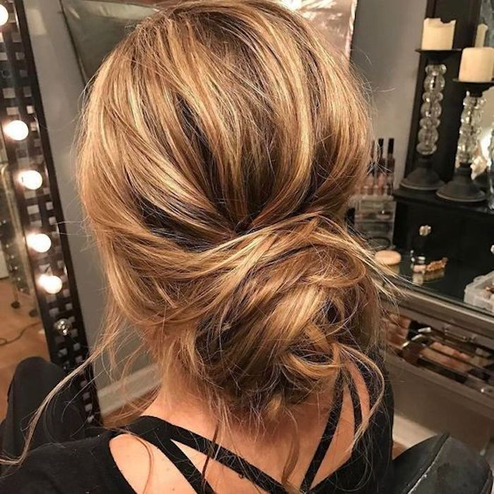 LOOSE UPDOS_Simple and stunning wedding hairstyles you'll love 1