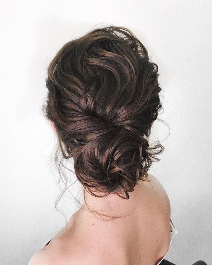 LOOSE UPDOS_Simple and stunning wedding hairstyles you'll love 2