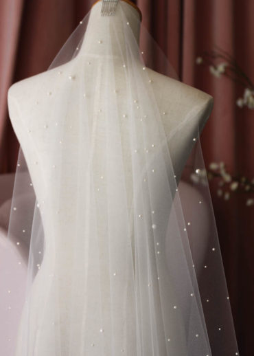 DEWBERRY veil with pearls 6