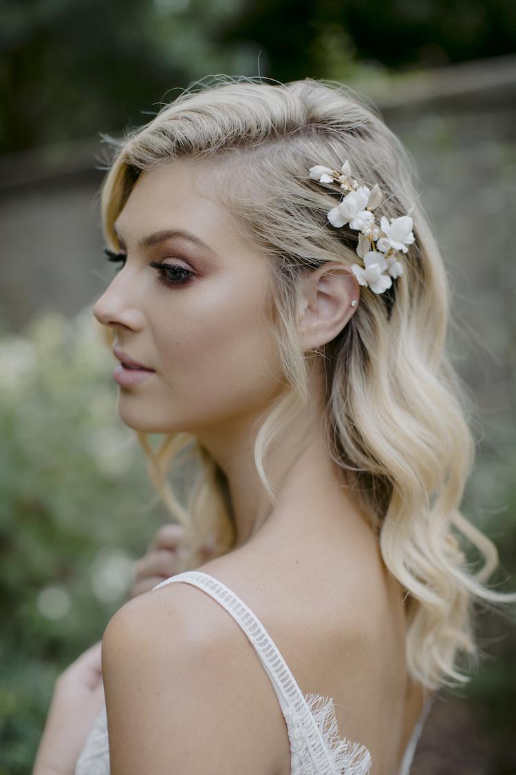 IRIS bridal hair comb 1