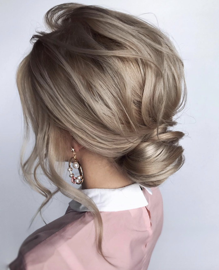 Effortless Bridesmaid Upstyles: Wedding Hair Trends 2019_effortless Updos 15