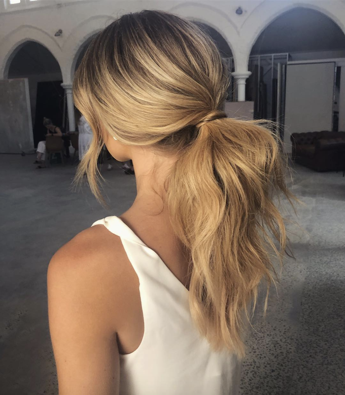 Wedding hair trends for 2019_romantic pony tails 1