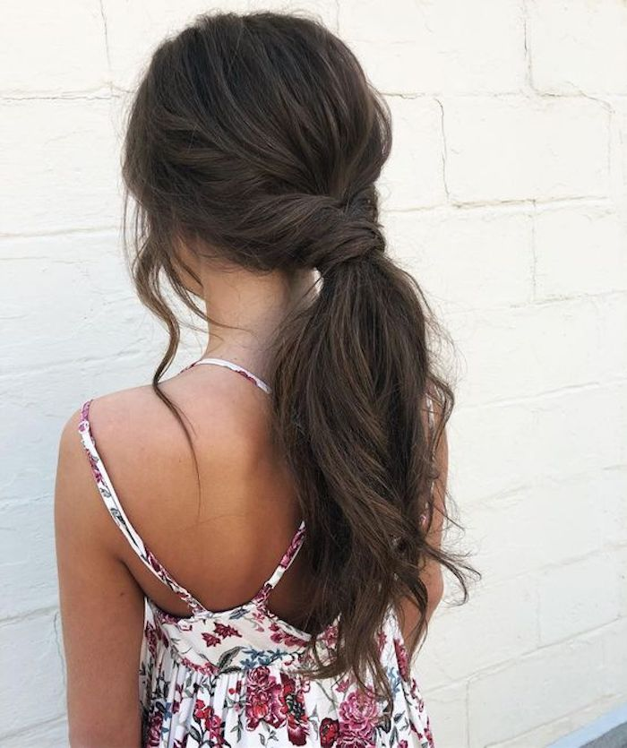Wedding hair trends for 2019_romantic pony tails 3