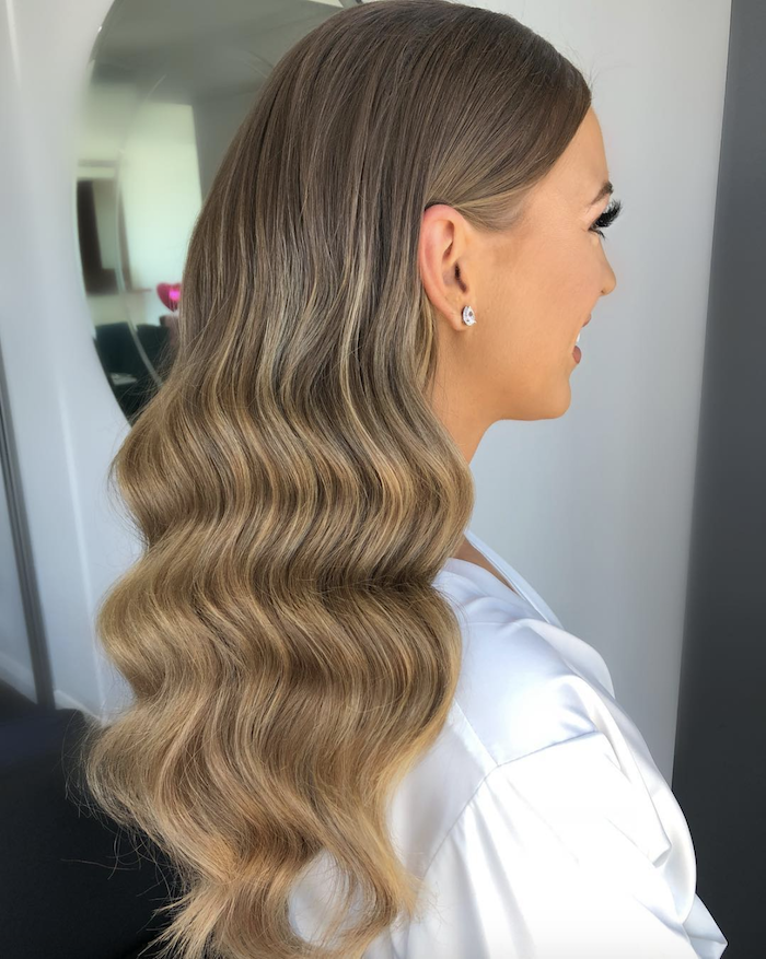 Wedding hair trends for 2019_romantic soft waves 10