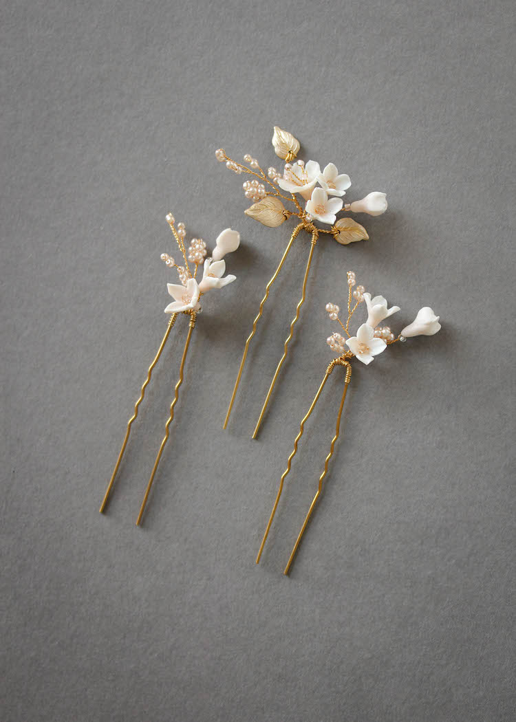Petite Pins_Blush and pale gold floral hair pins 3