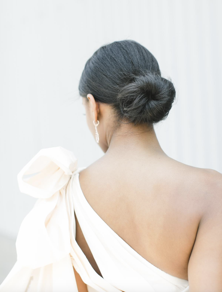 How to style a one shoulder dress_low set updo 1