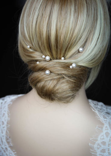 OYSTER pearl hair pins 1