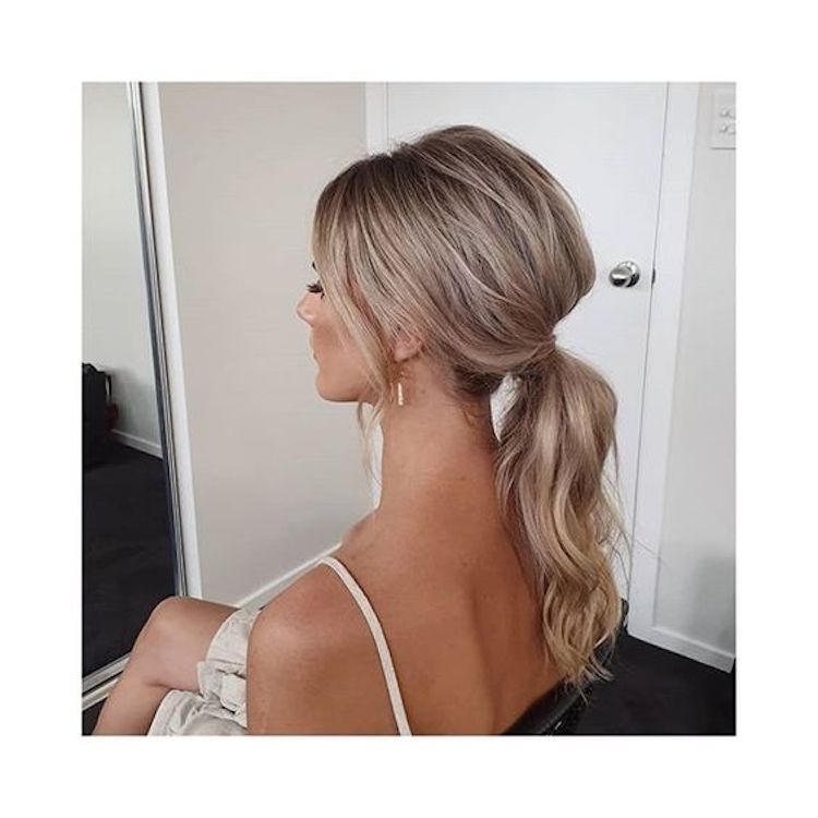 The essential guide to 2020 wedding hair_bridal ponytail 4