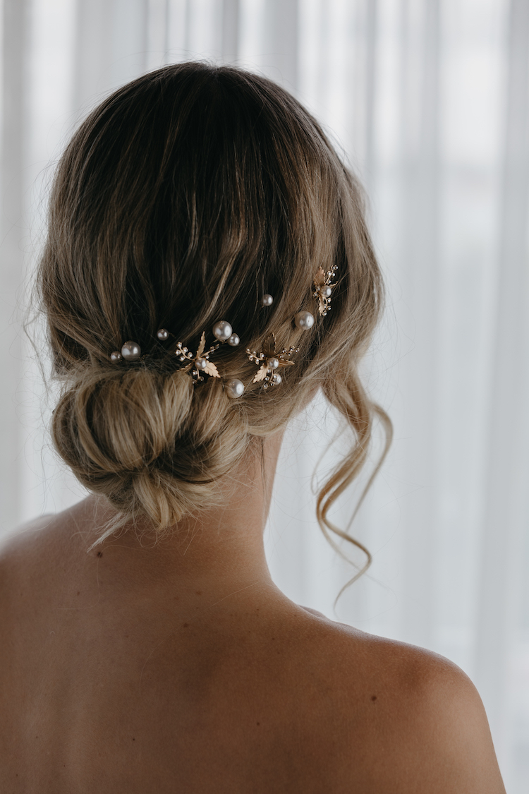 11 Celestial inspired wedding accessories_Arden hair pins