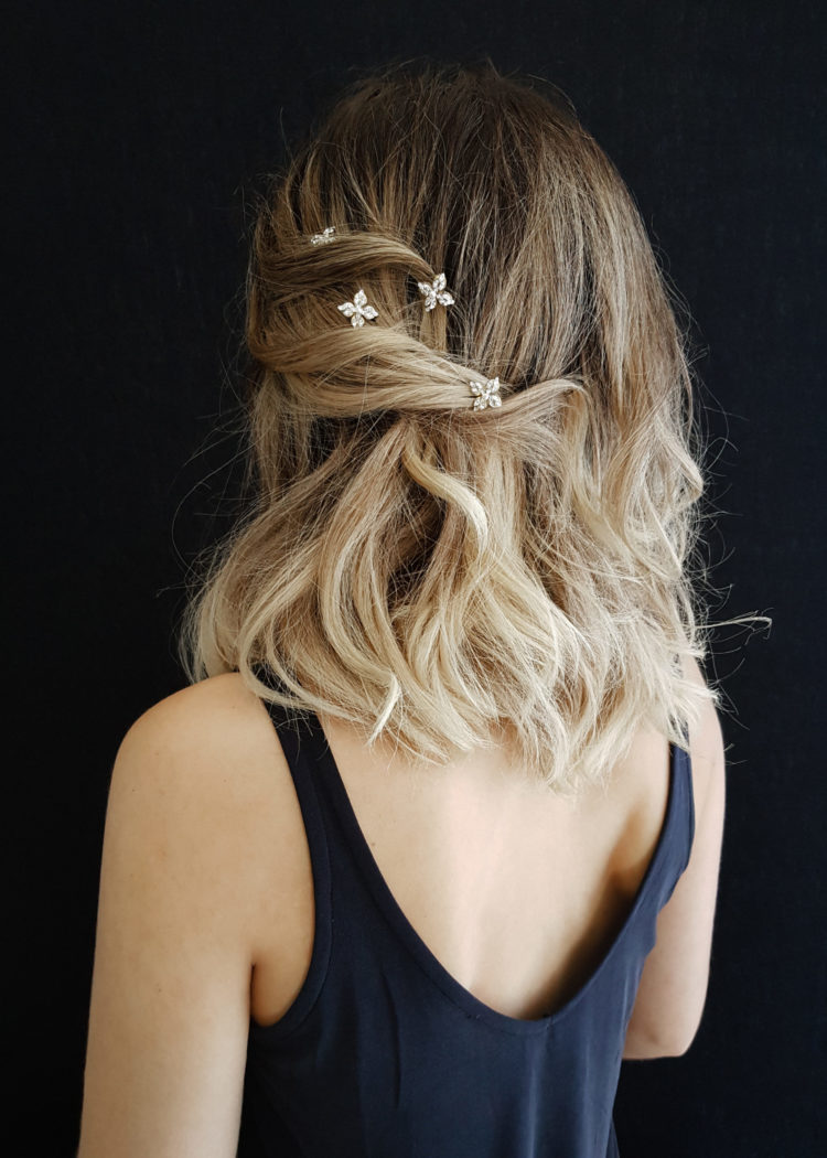 11 Celestial inspired wedding accessories_Stellar hair pins 1