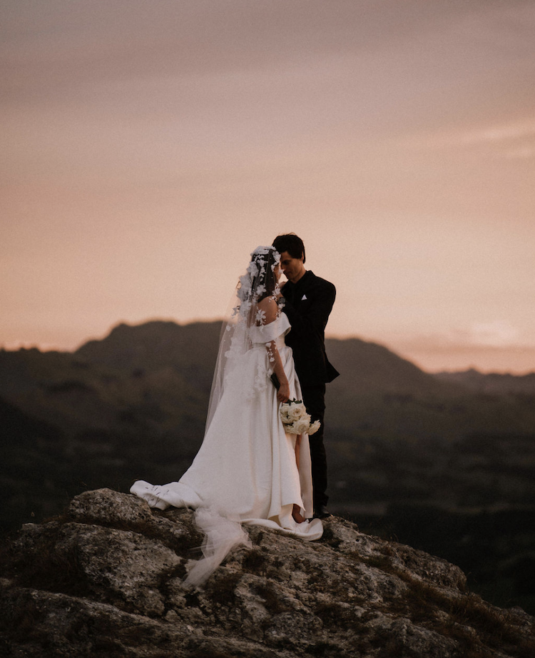 How to elope with a wedding veil_2