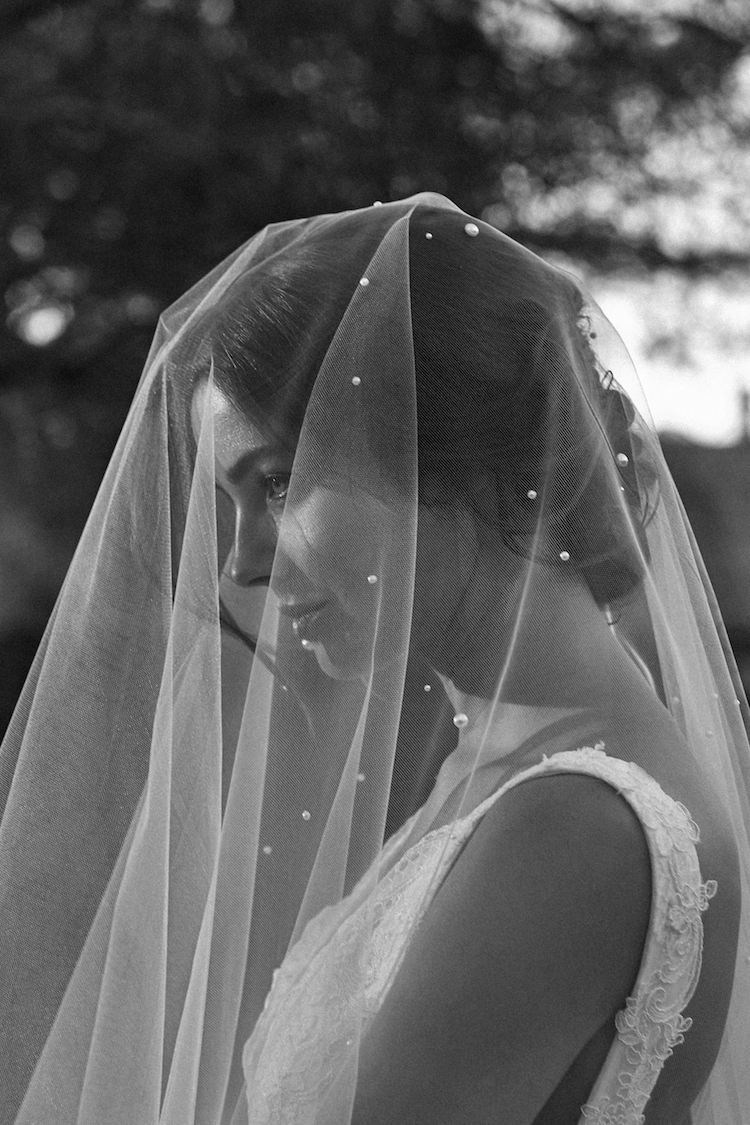 Wedding veils with blusher for elopements 1