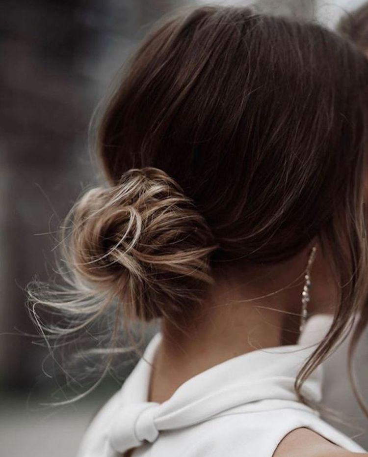 Our favourite updo hairstyles for the new season_relaxed updos 7