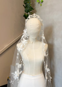 DOLCE | Crystal wedding veil 5