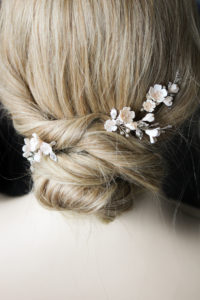FABLES champagne floral hair pins 6