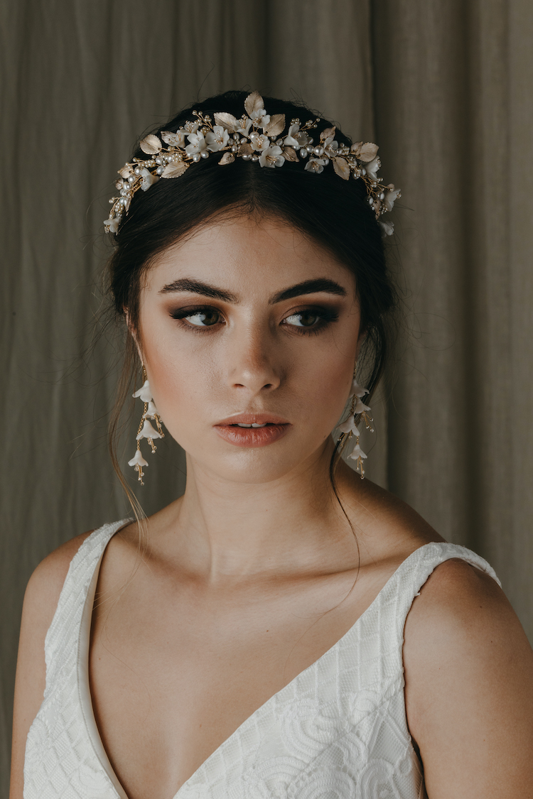 Must have bridal looks for spring weddings 21